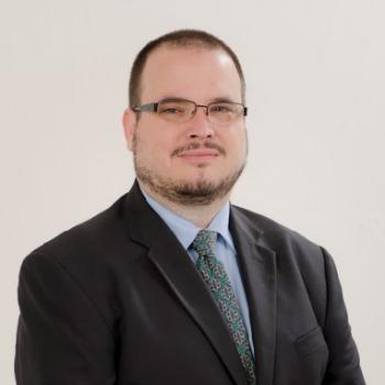 Dr. Diego Zavala Scherer