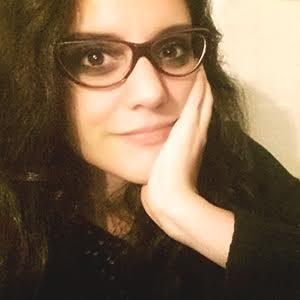 Esp. Mariela Balbazoni