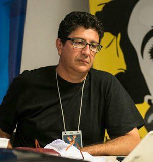 Dr. Marcos Américo